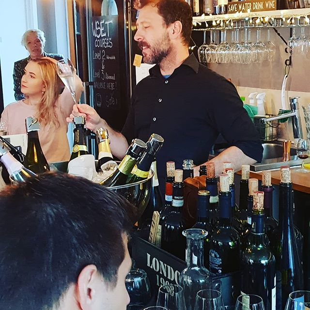 Great bar talk about Cava from Justin!  Just look at those bubbles!! #cava #brixton #wine