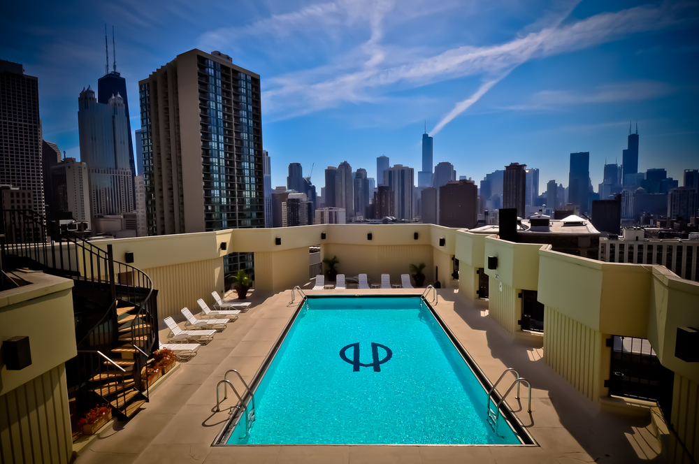 Live Where The Gold Coast Meets Old Town    SAVE $300 TODAY    Call: (312) 614.1477
