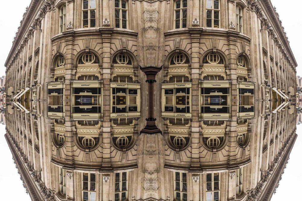 London Dream 7148the-multiverse-AmirBECH.jpg