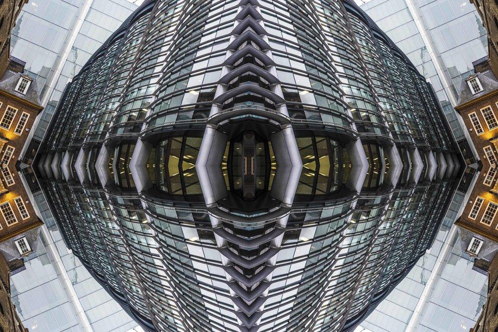 London Dream 7212the-multiverse-AmirBECH.jpg