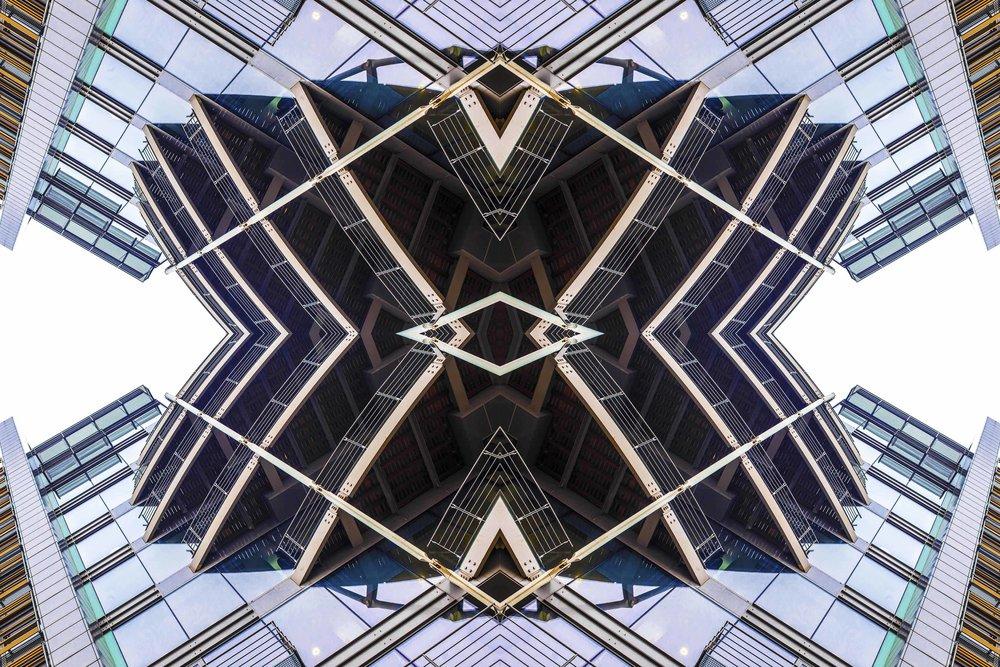 London Dream 7259the-multiverse-AmirBECH.jpg