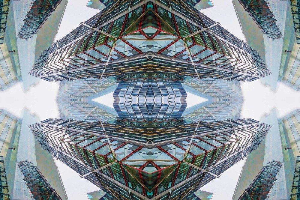 London Dream 7289the-multiverse-AmirBECH.jpg