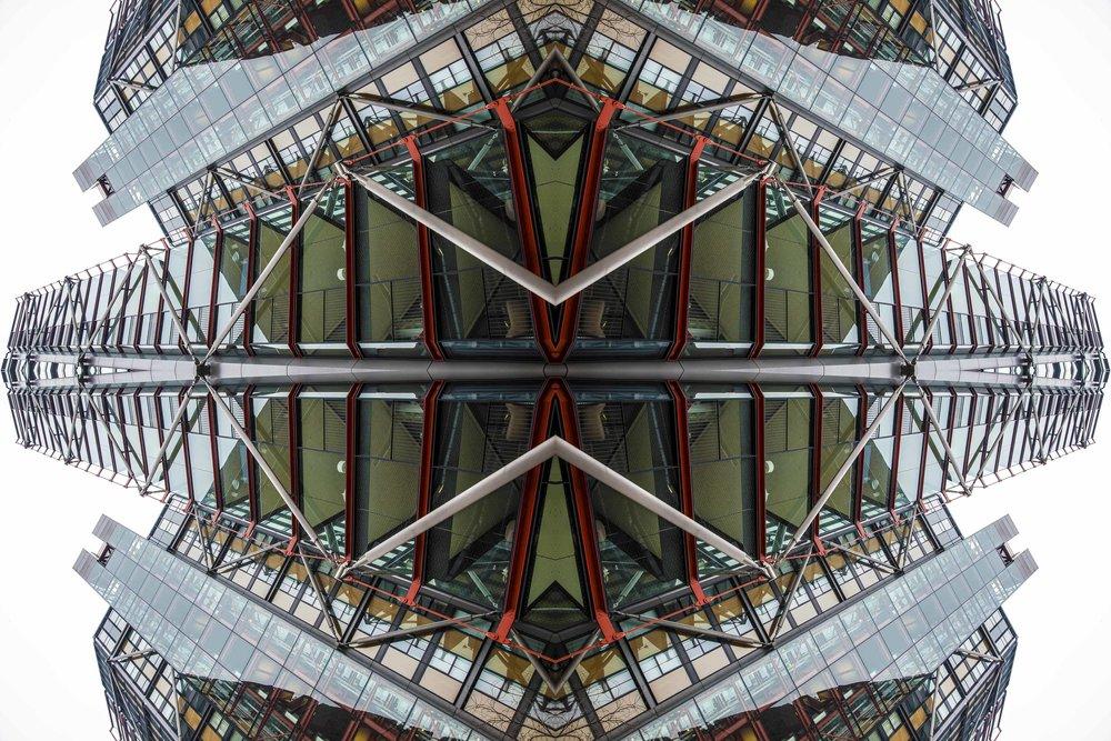 London Dream 7292the-multiverse-AmirBECH.jpg