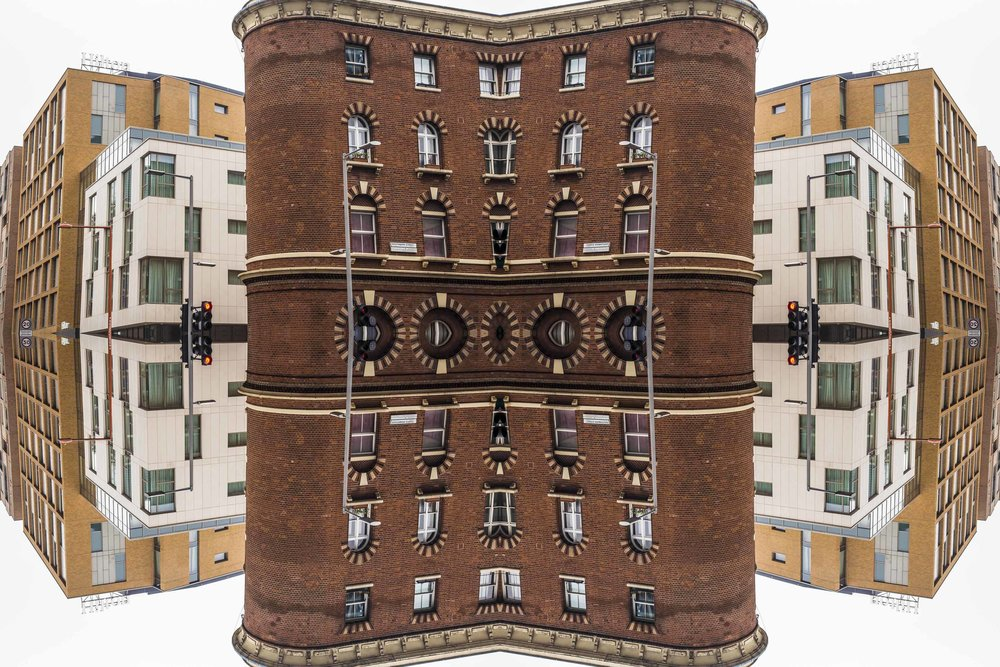 London Dream 7302the-multiverse-AmirBECH.jpg