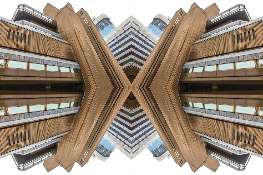 London Dream 7320the-multiverse-AmirBECH.jpg