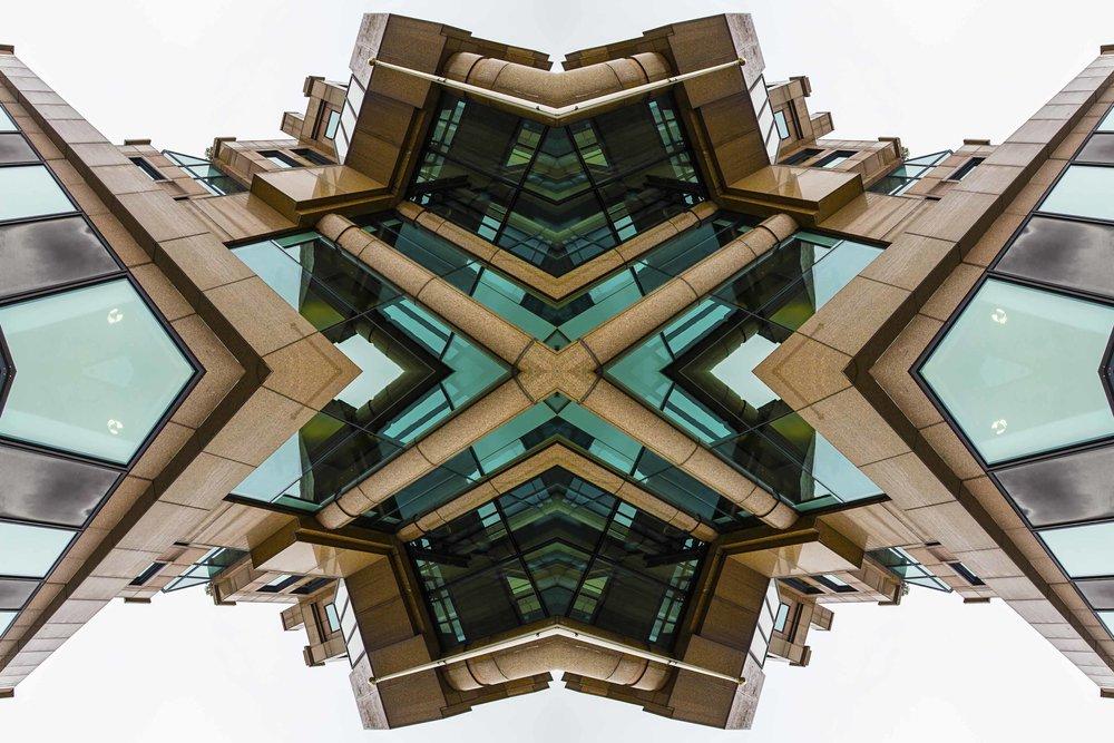 London Dream 7347the-multiverse-AmirBECH.jpg