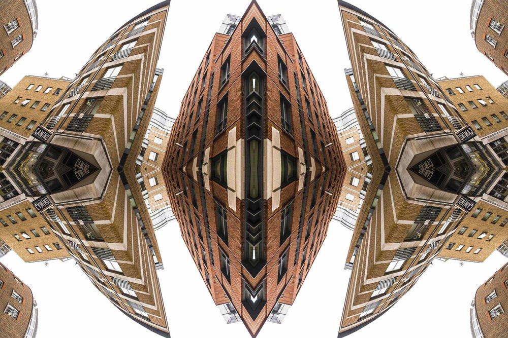 London Dream 7382the-multiverse-AmirBECH.jpg