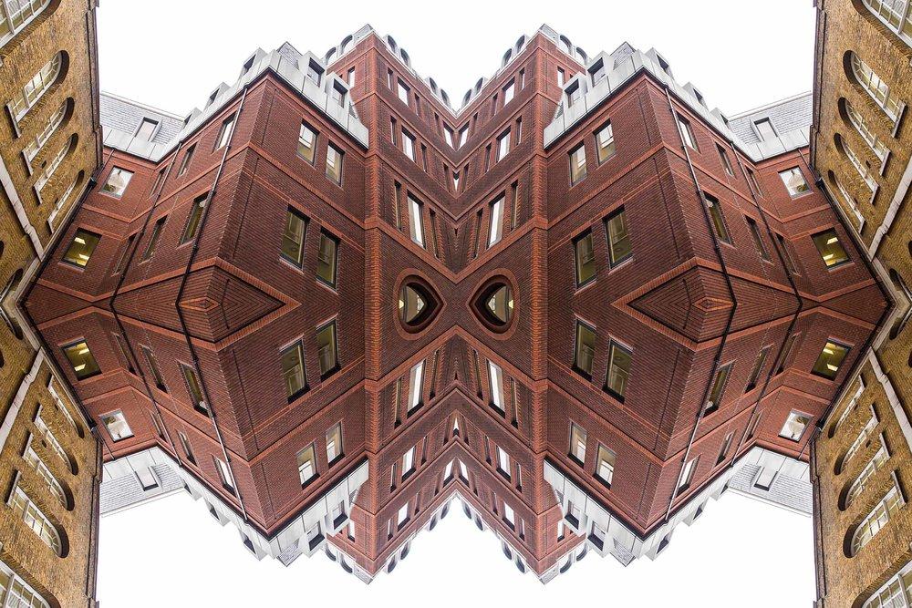 London-Dream-7407the-multiverse-AmirBECH.jpg
