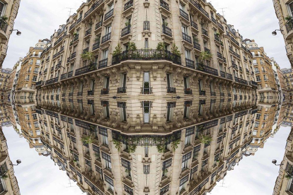 Paris 2957the-multiverse-AmirBECH.jpg