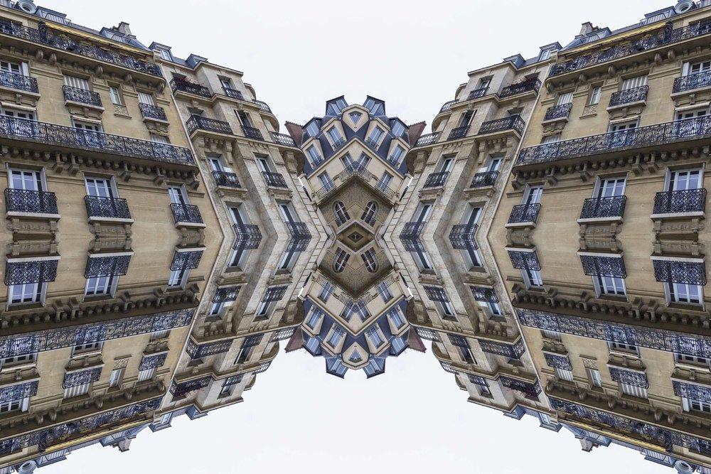 Paris 2962the-multiverse-AmirBECH.jpg