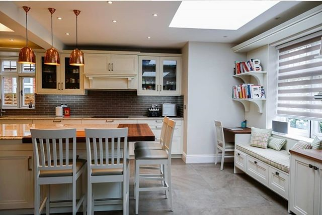 A couple more interior shots of a kitchen also designed by the very talented Sara Wells