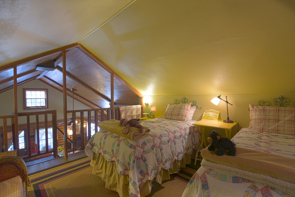 cabin-19.jpg
