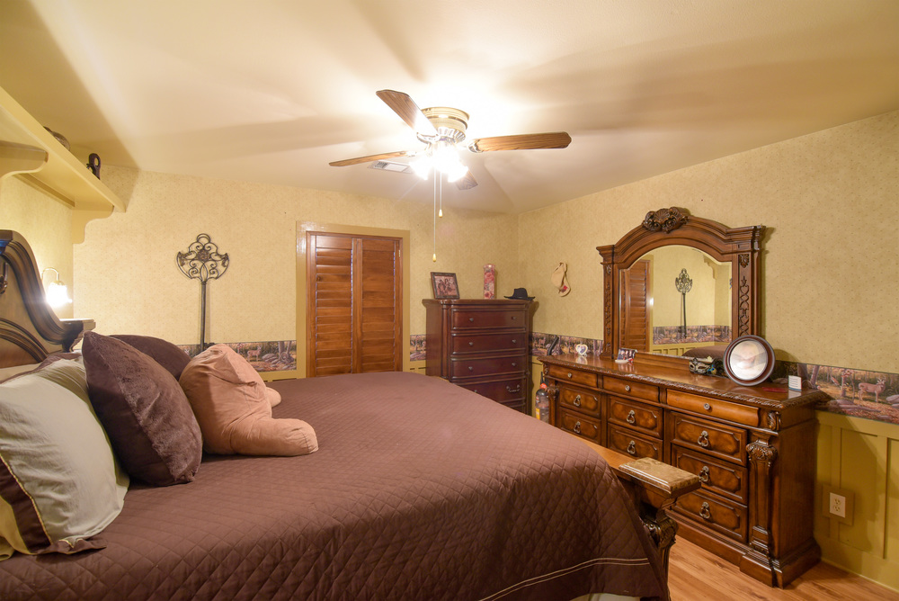Bedroom-1-3 (1).jpg
