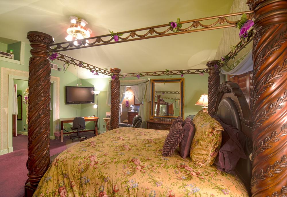 Bedroom-2-2.jpg