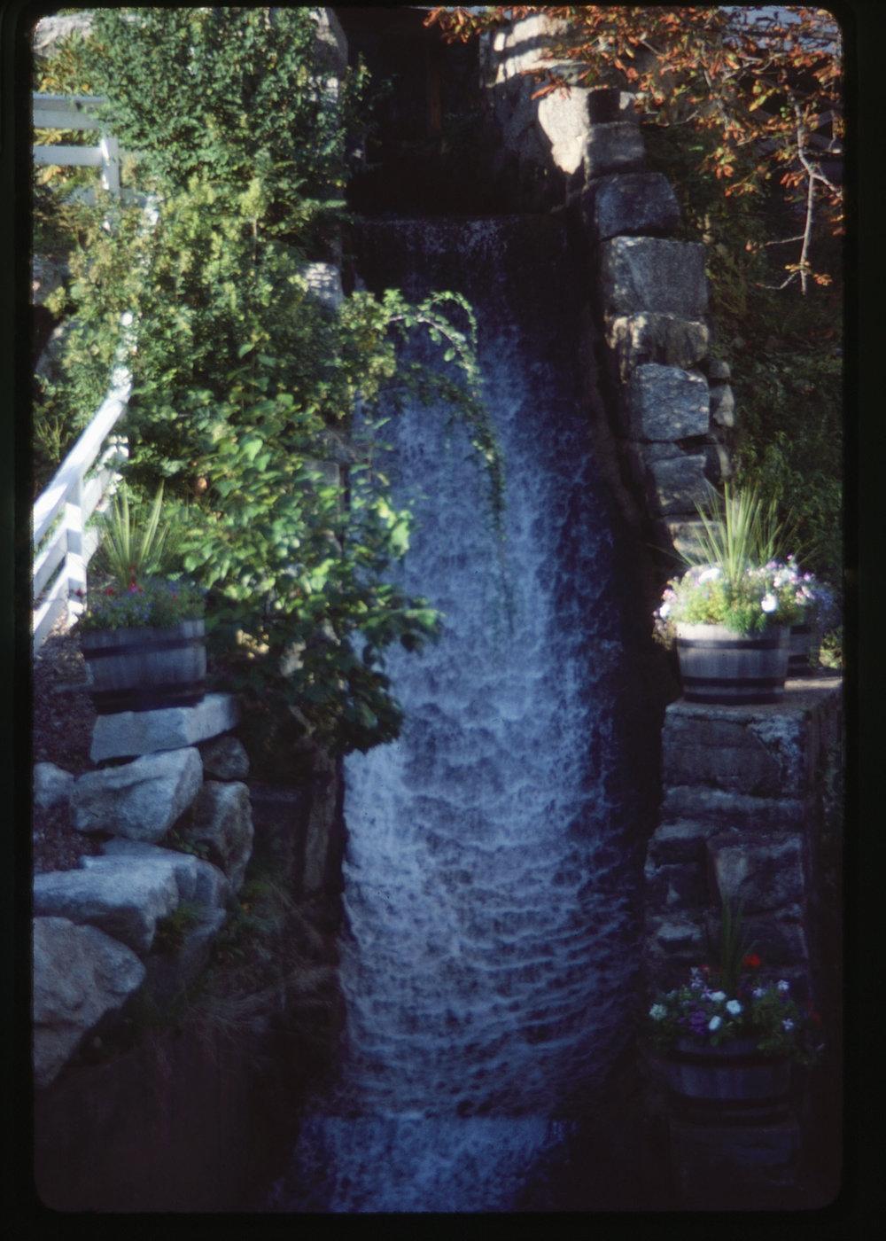 VAC1990-CANADA_18.jpg
