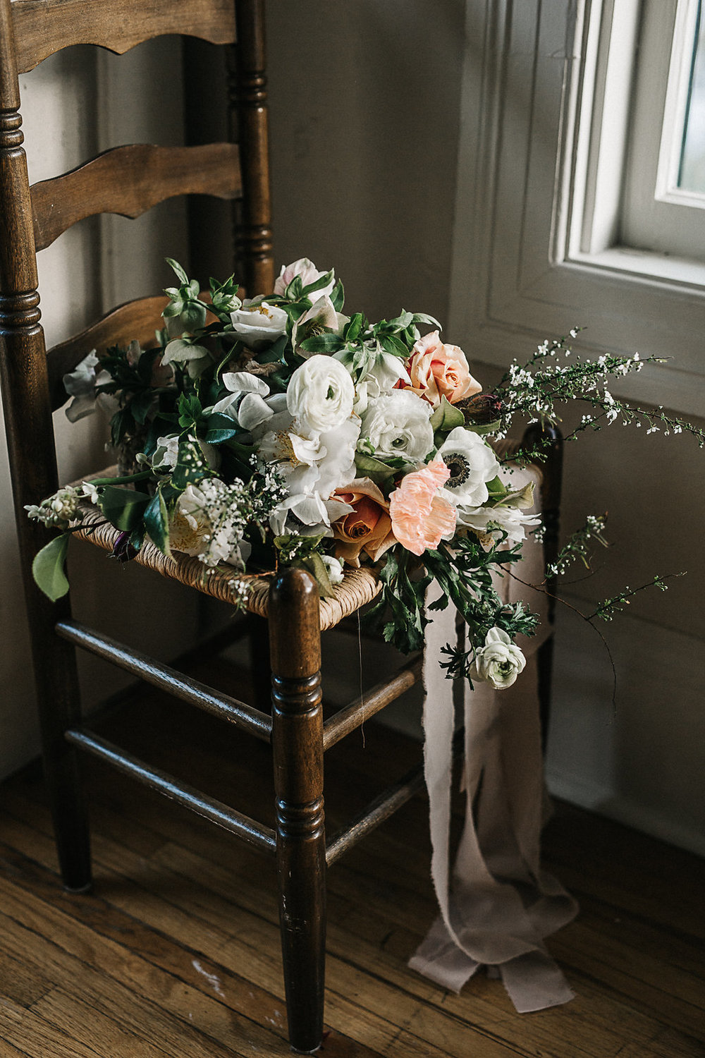 Photo: jess hunter   |   Flowers: selva floral
