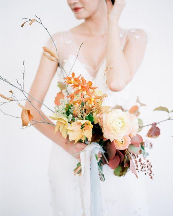 photo:  JEREMY CHOU / florals:  WILD CLUB