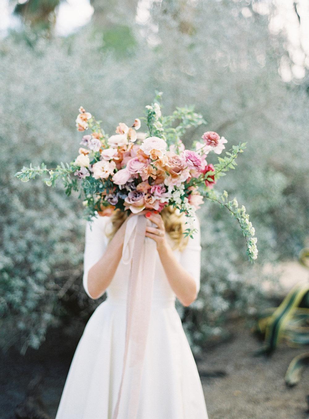 photo:  KURT BOOMER   / florals:  PLENTY OF PETALS