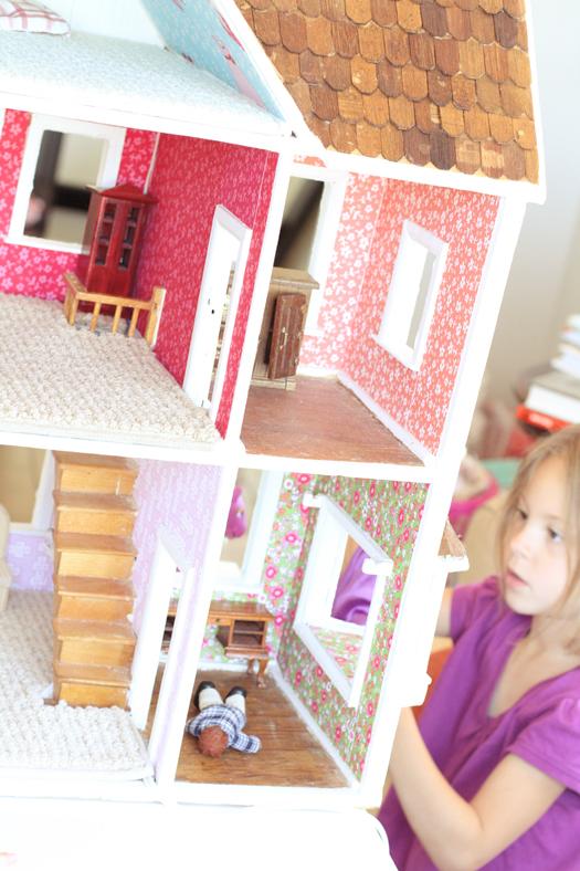dollhouse7.jpg