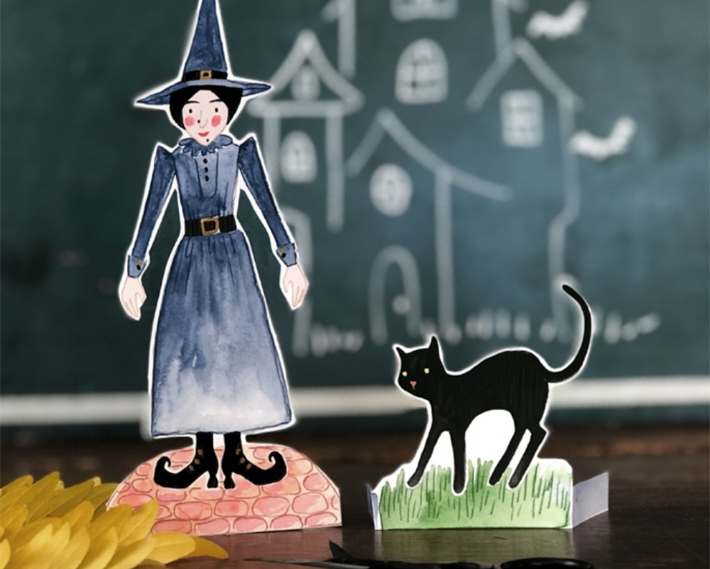 MRS WITCH & BOO PAPER TOY