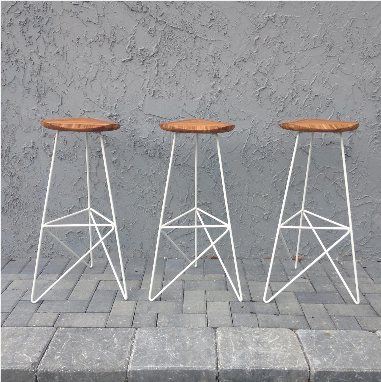 Awe Inspiring Acute High Stool Brave Space Design Ibusinesslaw Wood Chair Design Ideas Ibusinesslaworg