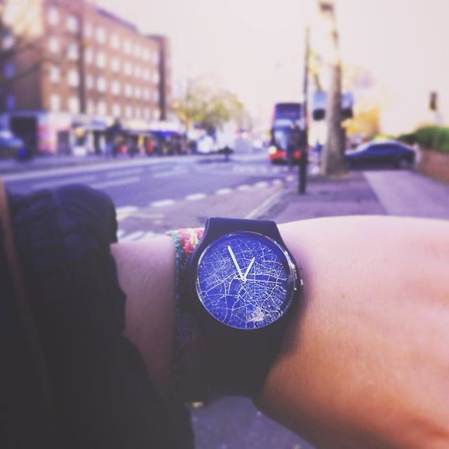 Hello London! Thanks @ingakonrade for sharing your London 03:10PM Map Watch! Shop link in bio. #may28thwatch  #london #city #map #watch