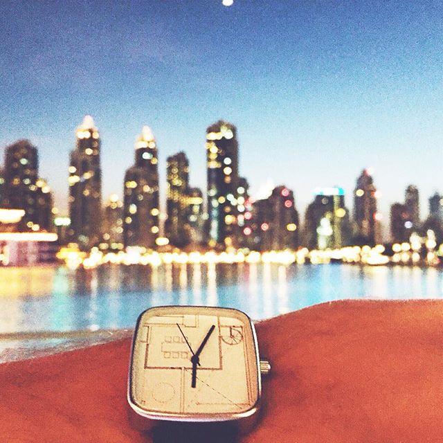 05:31AM watch traveling around the world. Thanks @jpetris for sharing! #dubai #uae #may28thwatch #traveling #panoramic #view #city