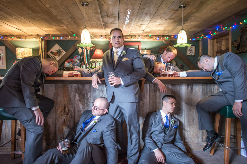 Groomsmen Photo Ideas Flax Studios.JPG