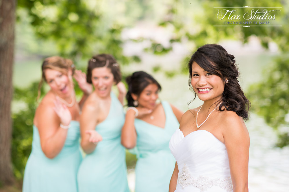 Goofy Bridesmaid Photos