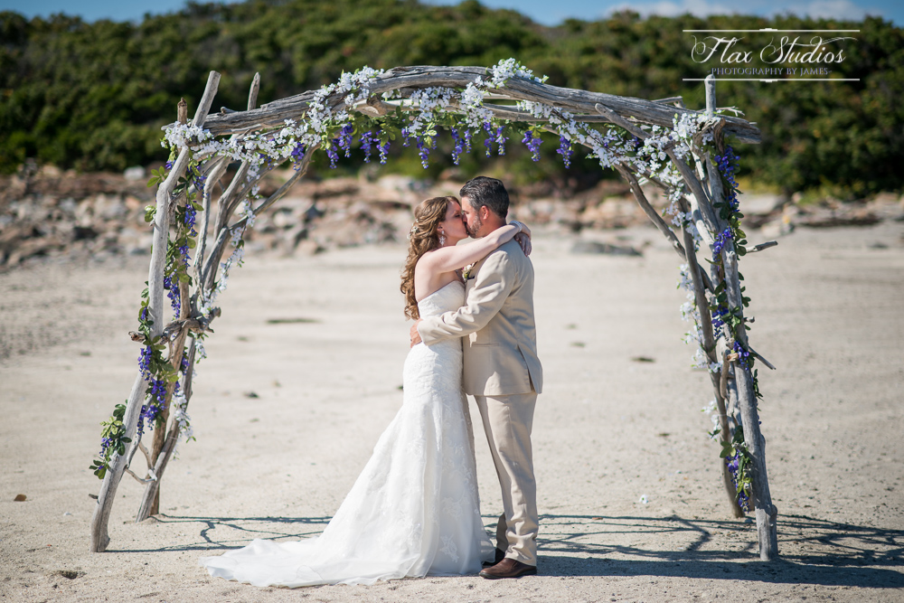 First Kiss Island Weddings