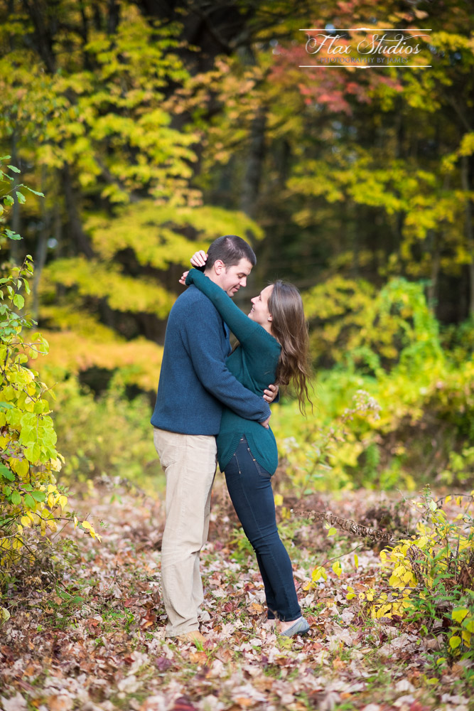 Matt and Laura Freeport Maine Engagement Photographers-7.JPG