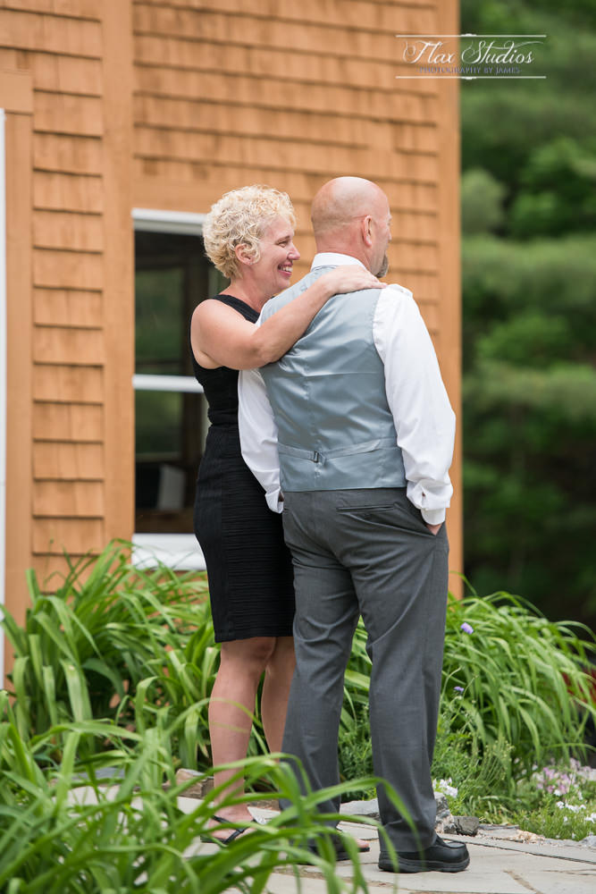 Maine Lakeside Cabins Wedding Photographer-93.JPG