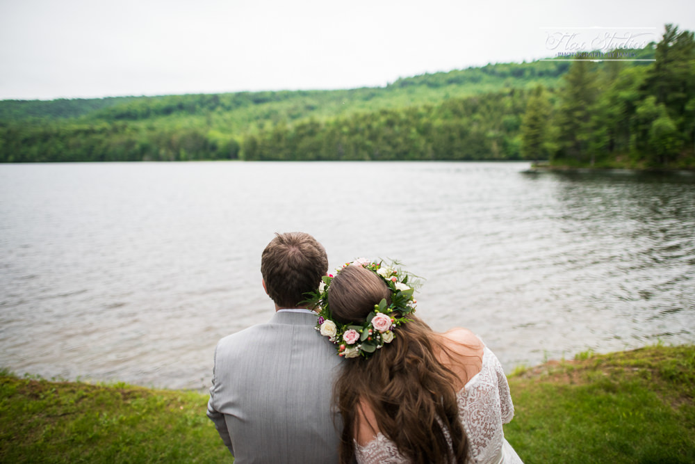 romantic lakeside wedding photography