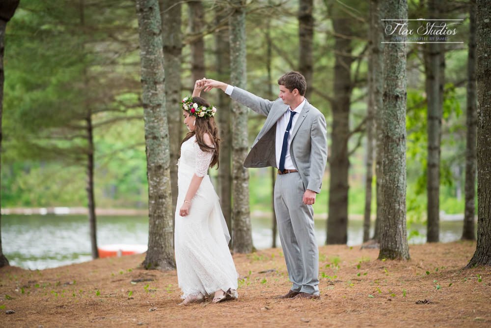 Maine Lakeside Cabins Wedding Photographer-130.JPG