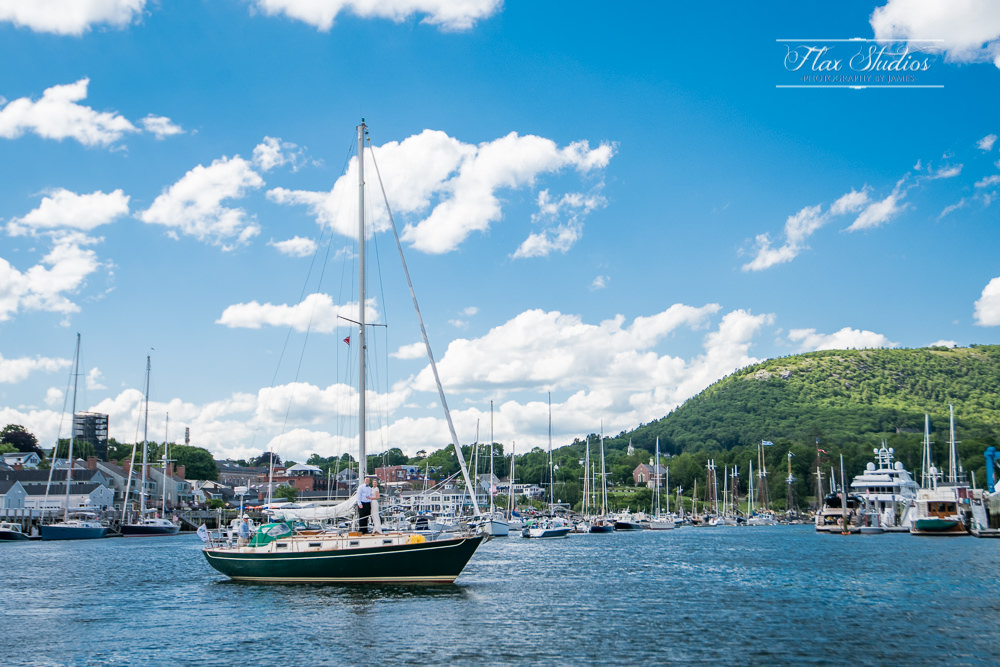 pictures of camden harbor and mount battie