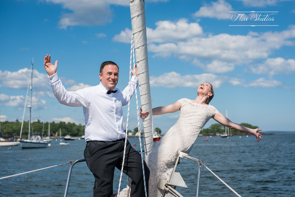 Fun bride and groom pictures on the ocean