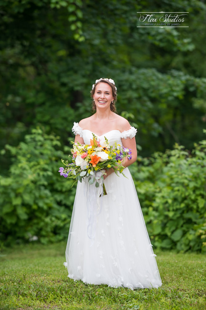 Bridal portraits at First Congregational Church Wiscasset