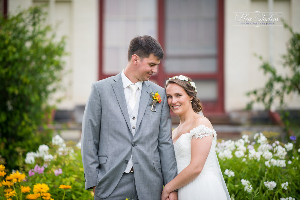 historic castle tucker wedding photos in wiscasset