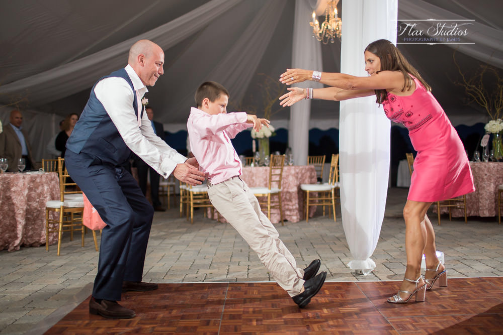 Awesome wedding dance photos