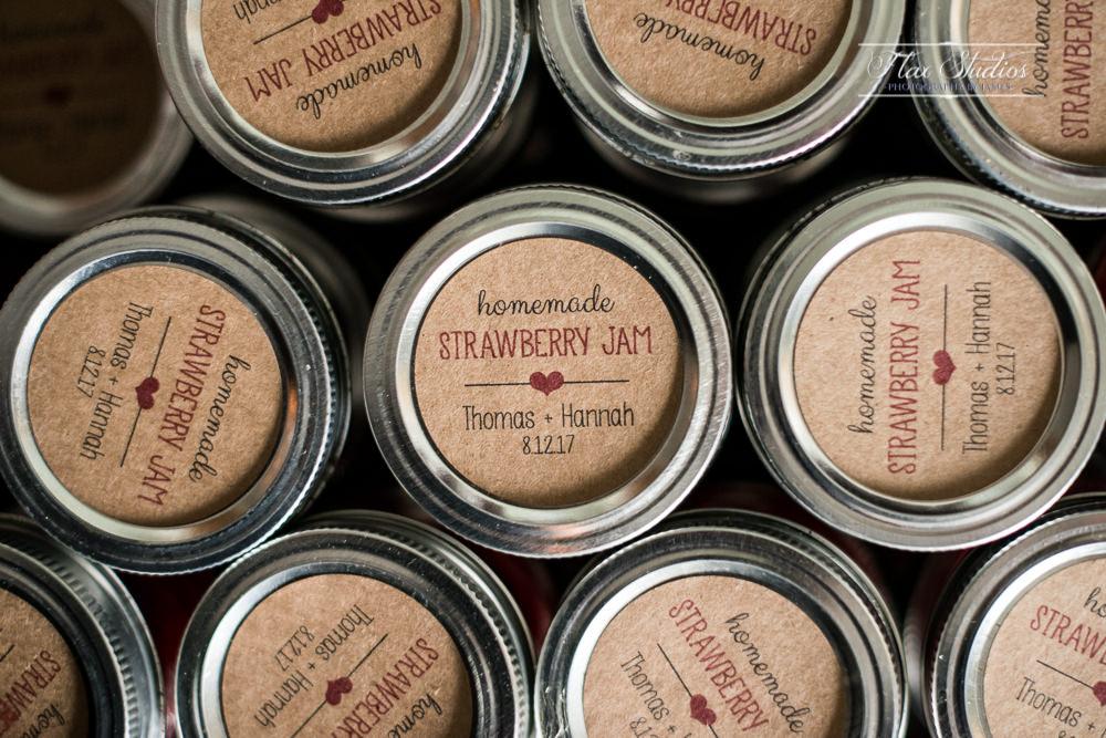 wedding favor ideas strawberry jam