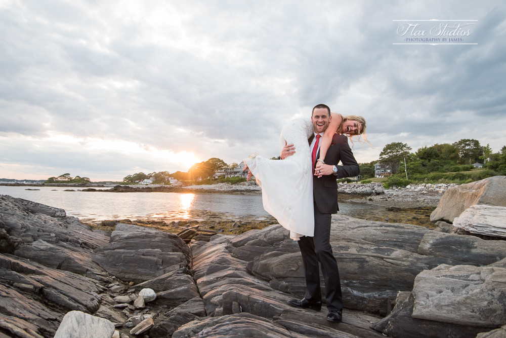 Peaks Island candid wedding photos