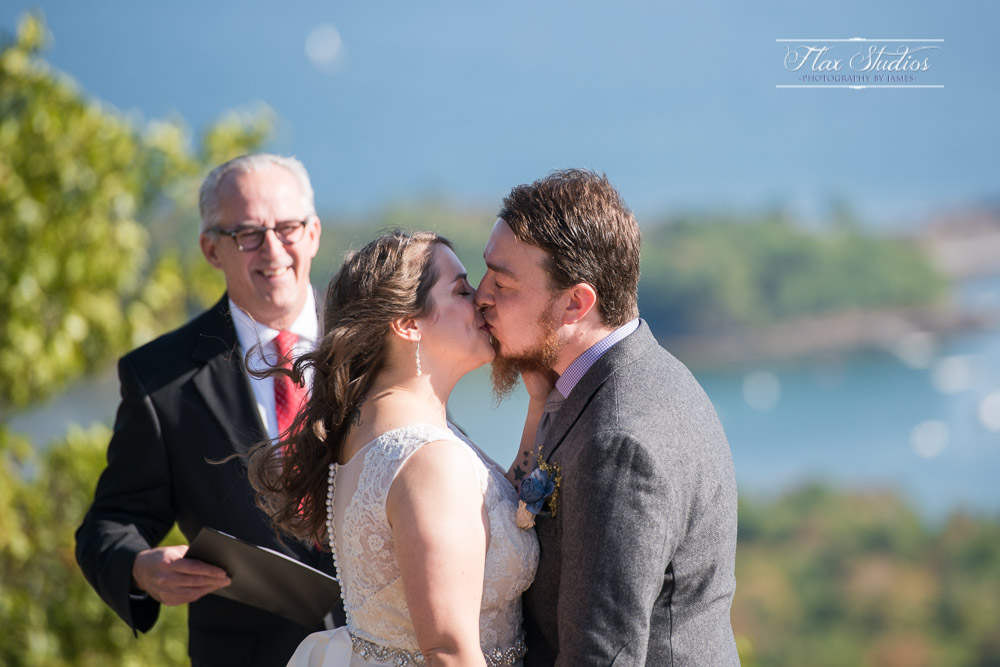 Berry Manor Inn Wedding Elopement Photograher Rockland Maine-23.JPG