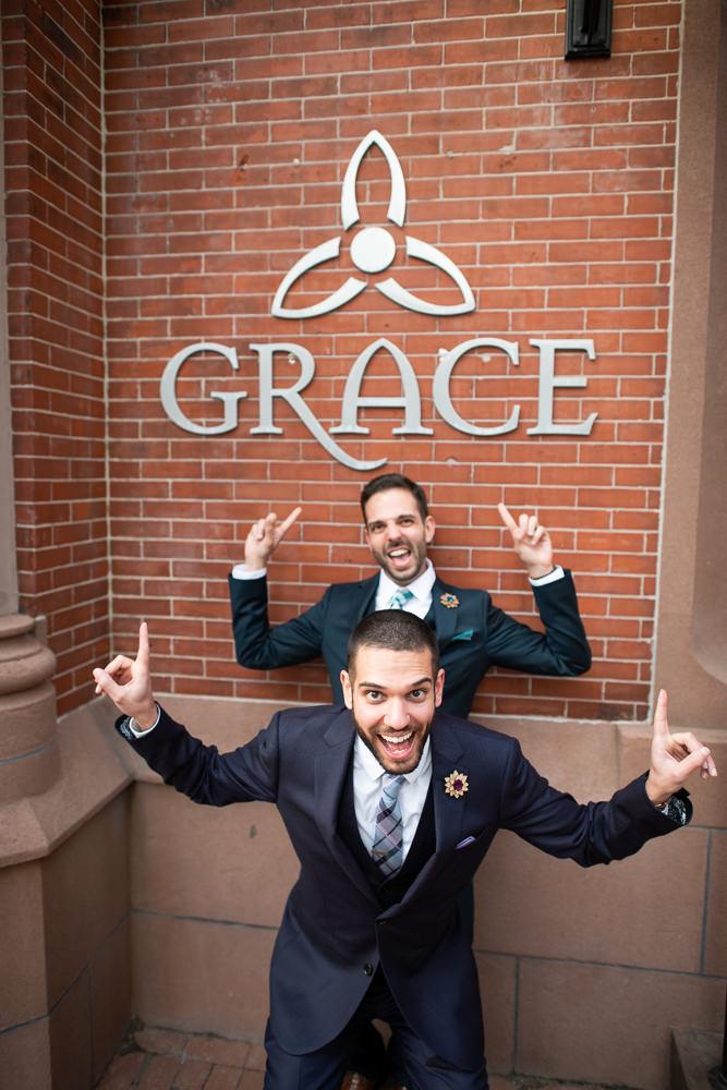 goofy wedding photo ideas