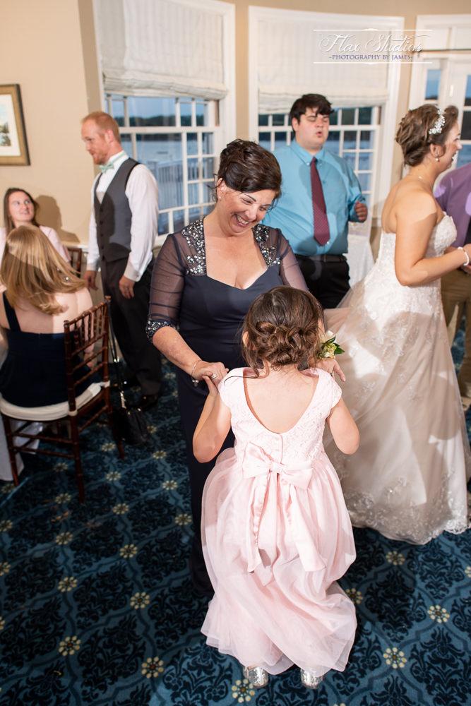 Bar Harbor Inn Wedding Photographers-135.jpg
