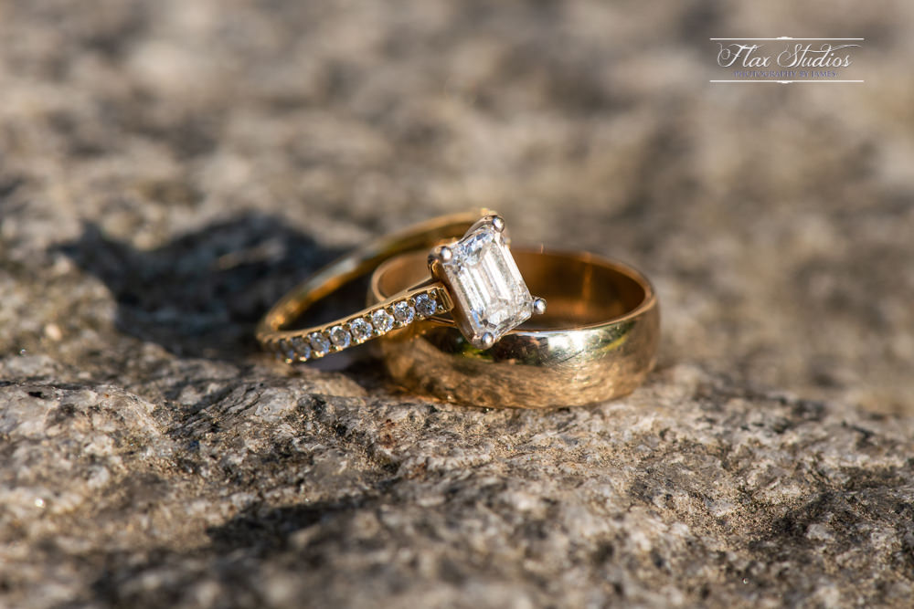 wedding ring macro photography
