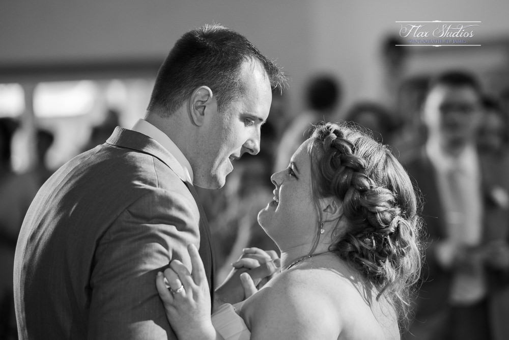 Spruce Point Inn first dance