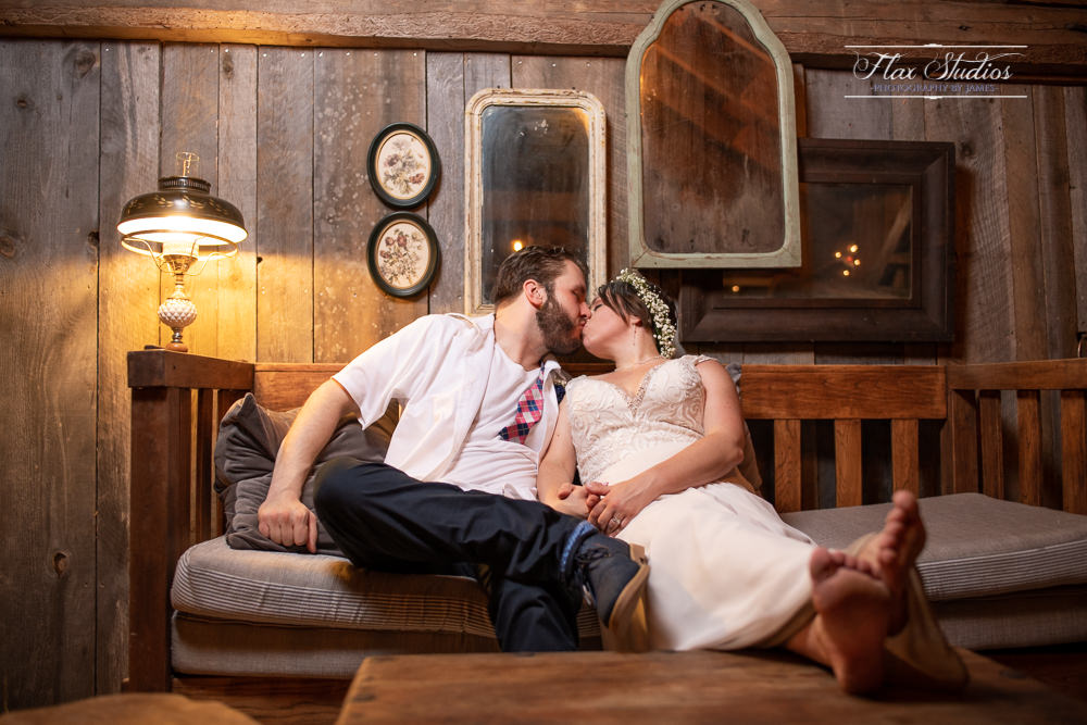 rustic maine barn wedding photos flax studios