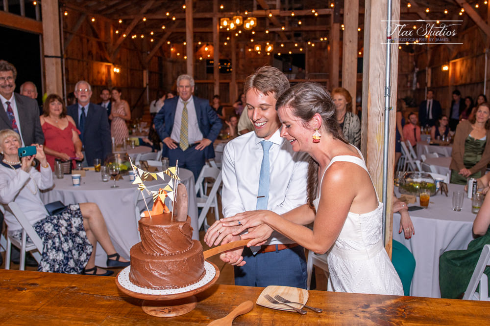 cake cutting ceremony Harmony Hill