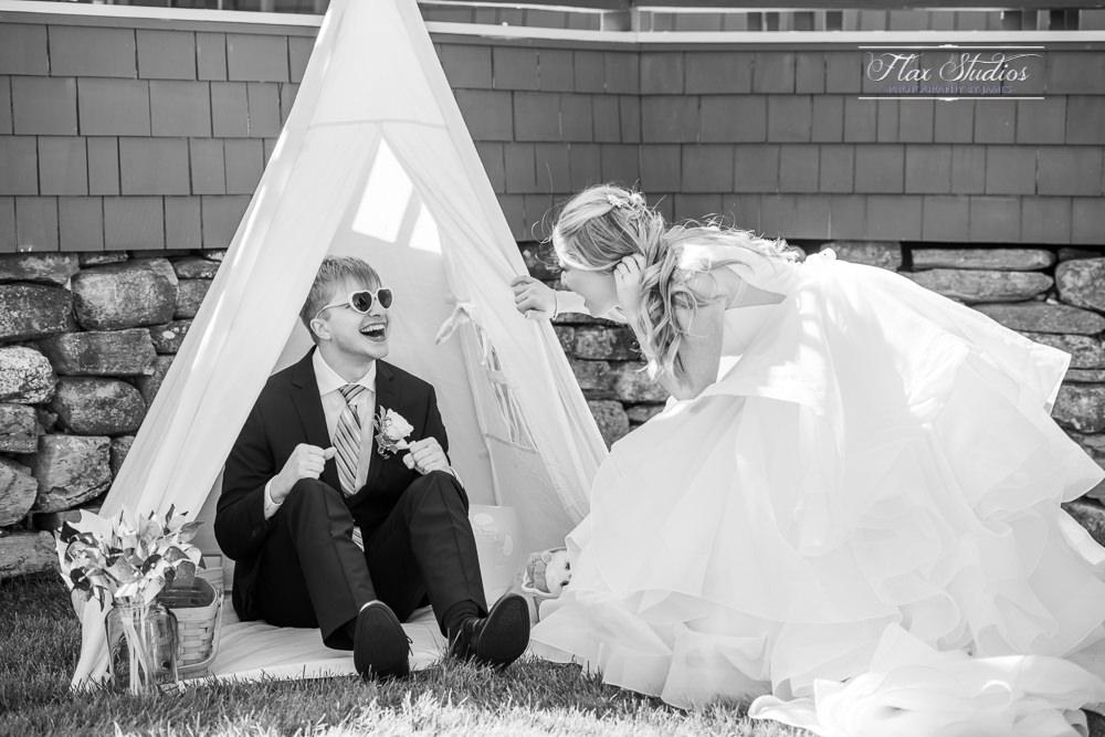 fun wedding photo ideas flax studios