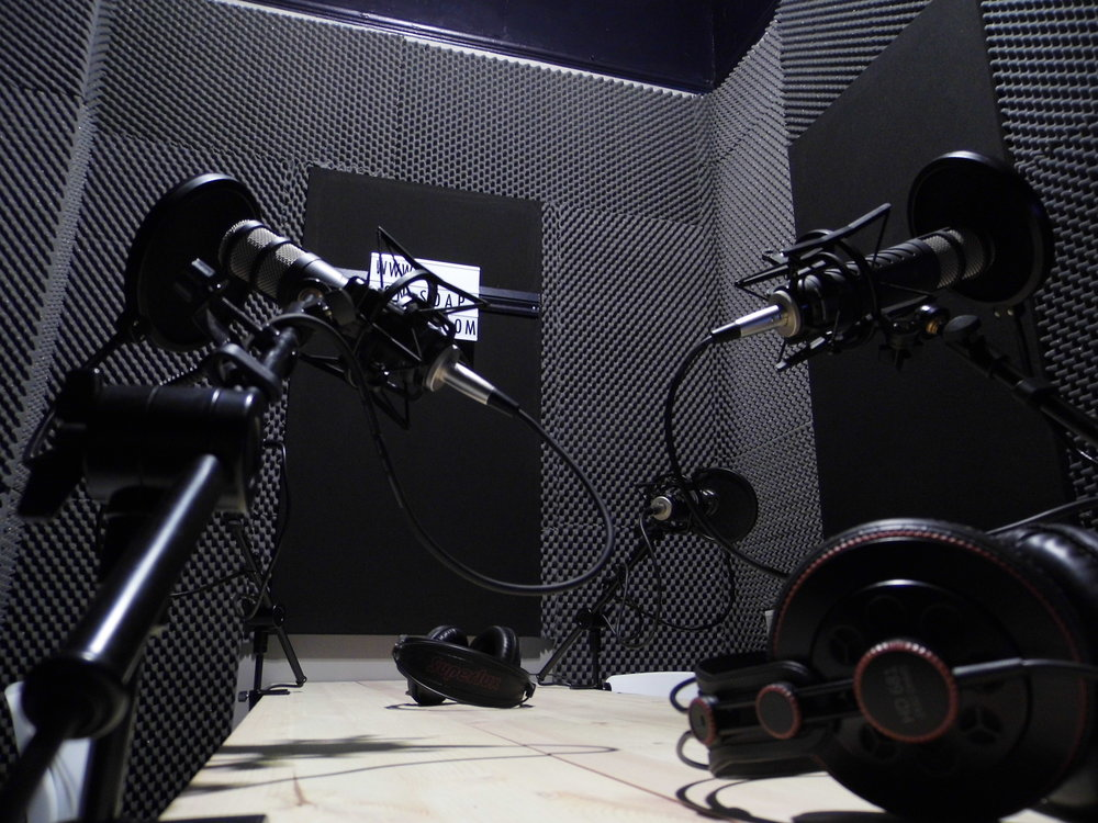 podcast studio hire, podcast hire, make a podcast, london podcast,